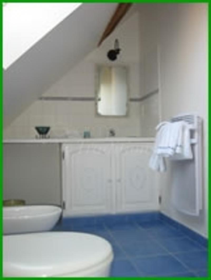 Les jarri res chambre d 39 hote dame marie les bois indre - Chambre d hote couleur bois et spa ...